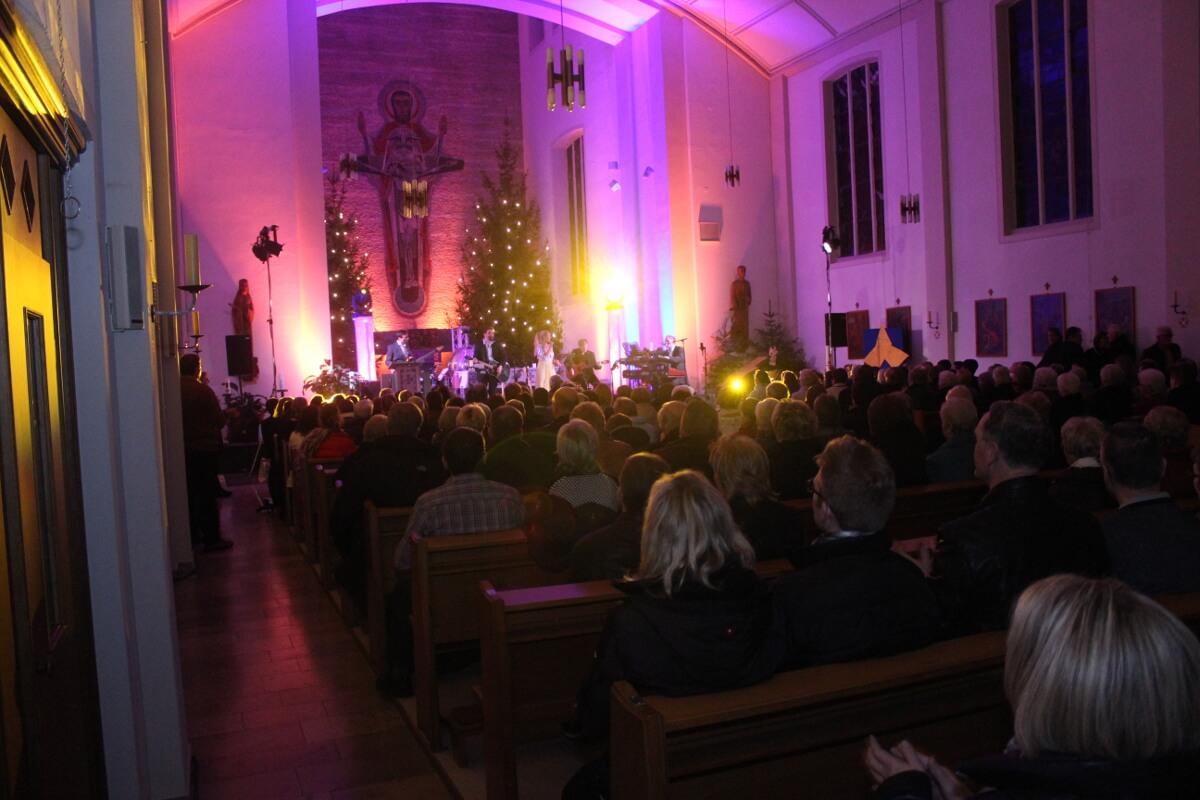 Weihnachtskonzert-2016-D-Lite-Partyband-Marienkirche-Geseke-90